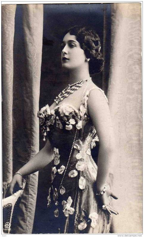 Lina-Cavalieri