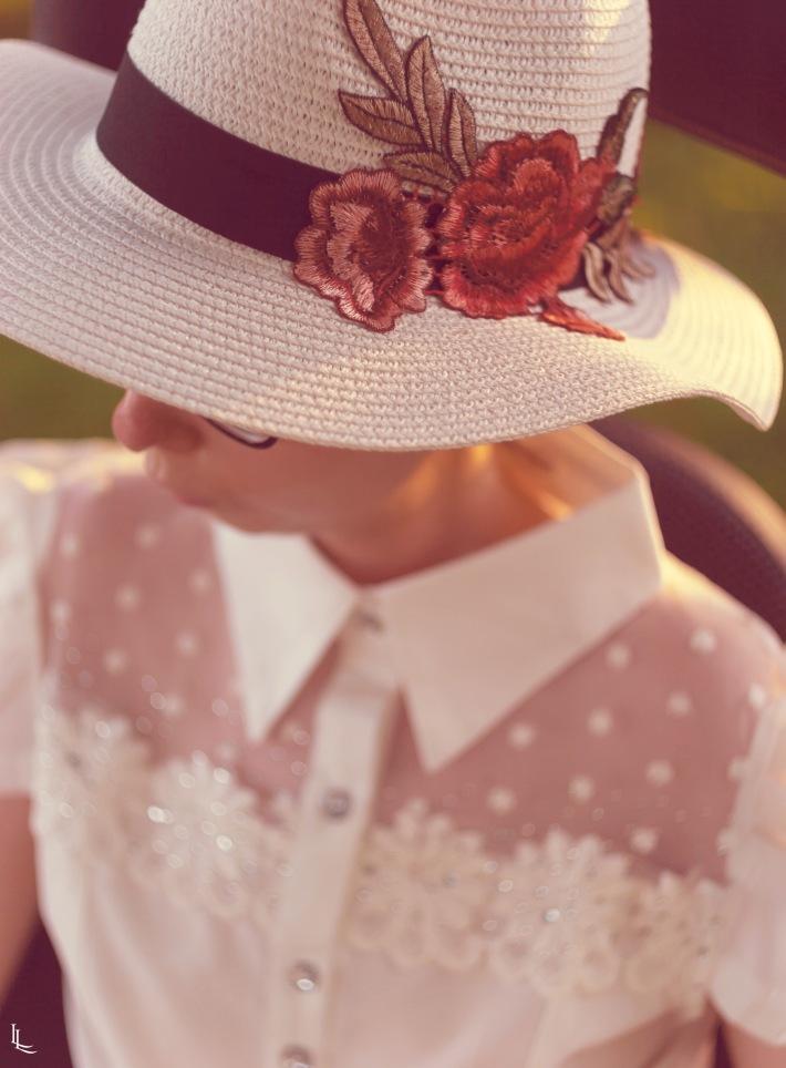 lina-levien-my-mode-tones-of-rose