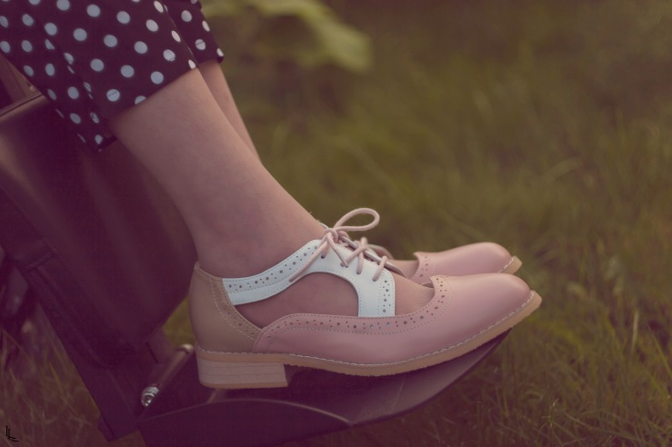 my-mode-rose-oxfords-polka-dot-trousers
